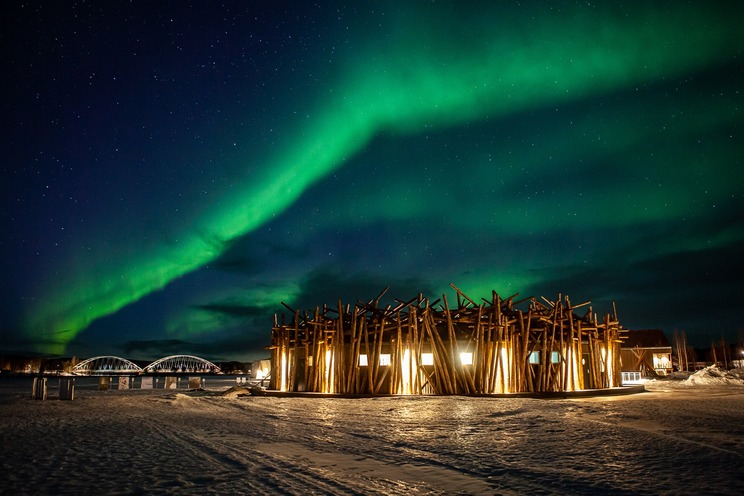 Arctic bath  aurora borealis photo anders blomqvist