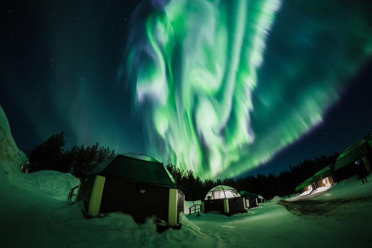 193 arcticsnowhotel glass igloos northern lights by allaboutlapland web