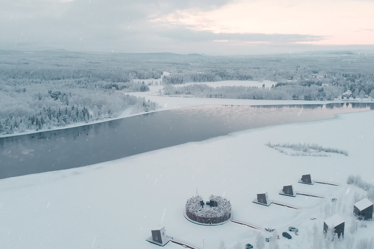 Arctic bath photos. overview side photo pasquale baseotto
